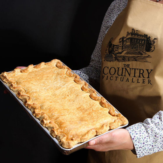 Picture of Family Chicken & Mushroom Pie