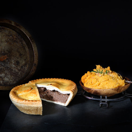 Picture of Large Steak & Stilton Pie